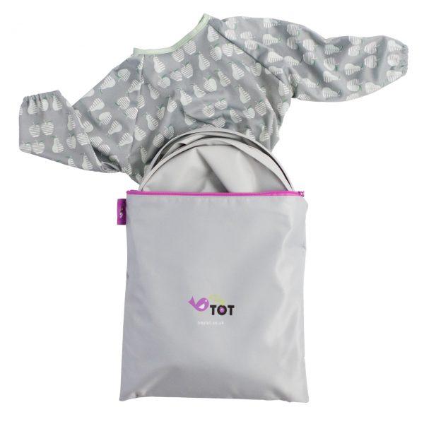 Product image pear bib and tray kit
